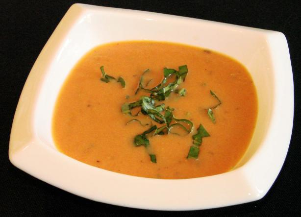 Creamy Tomato and Summer Herb Soup