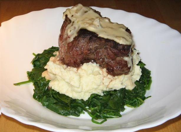 Peppered Steak Fillets With Creamy Bourbo Sauce