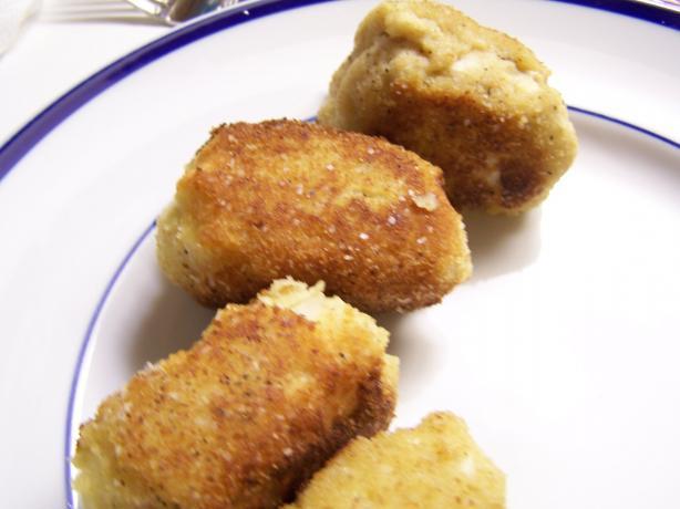 Brazilian Chicken Appetizer (Coxinhas De Galinha)