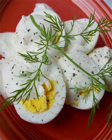 Russian Eggs With Horseradish Sauce