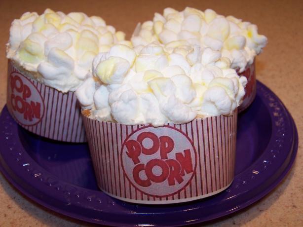 Popcorn Cupcakes (So Cute!)