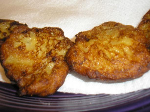 Zitumbuwa (Banana Fritters)