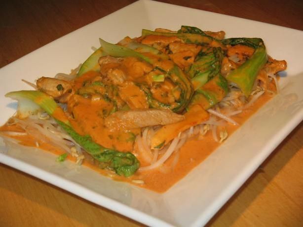 Red Curry Pork With Apple