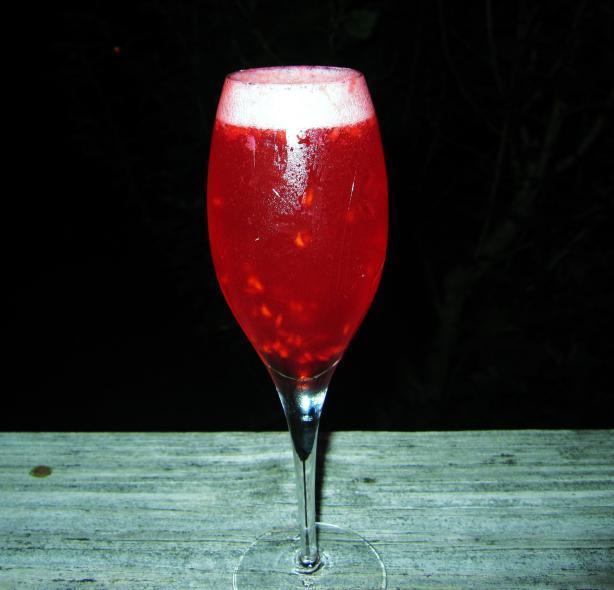 Raspberry Bellinis