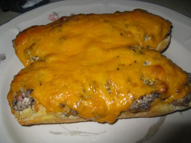 Easy Cheeseburger Bread