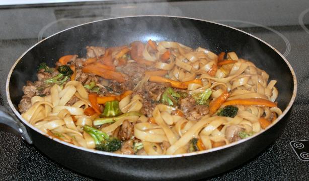 Garlic Sausage and Broccoli Linguine