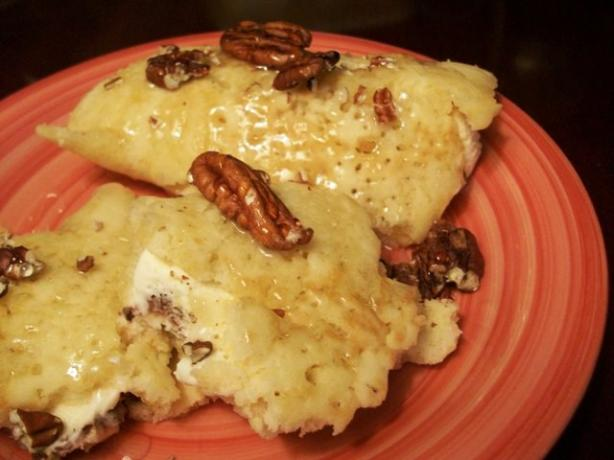 Ice Cream Pancake With Honey and Walnuts