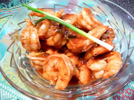 Pan-Seared Shrimp With Ginger-Hoisin Glaze