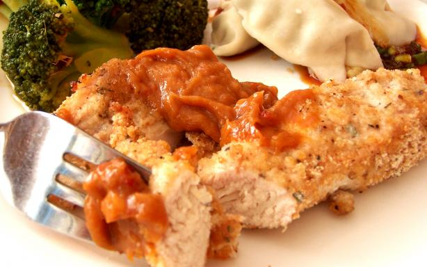 Crispy Chicken With Peanut Dipping Sauce