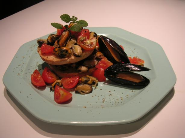 Friselle With Mussels, Tomatoes and Parsley