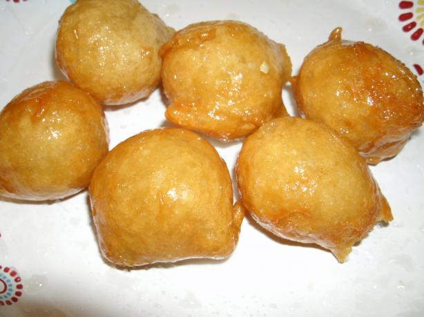 "Awwami (""crisp Donut Balls"") Middle East, Palestine"