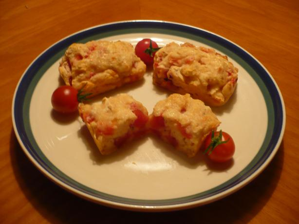 Gluten-Free Tomato Cheese Loaves