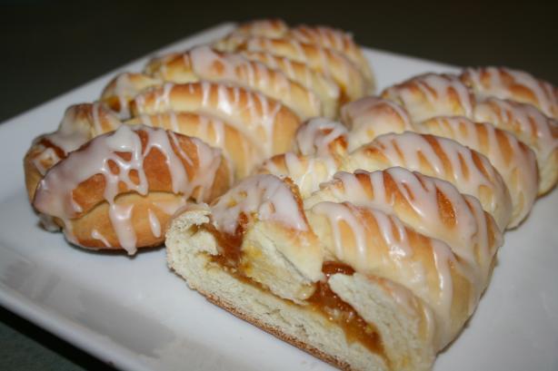 Sweet Lemon Cheese Braid