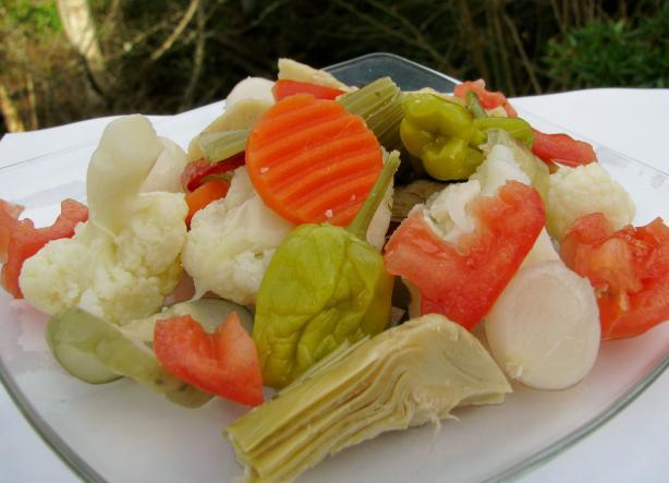 Italian Mix Giardiniera Salad