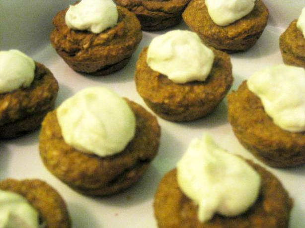 Mini Pumpkin Flax Muffins