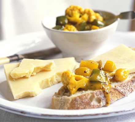 Autumn piccalilli with pear
