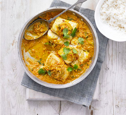 Fried fish & tomato curry