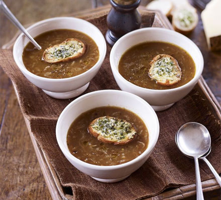Onion soup with cheese & herb toasts