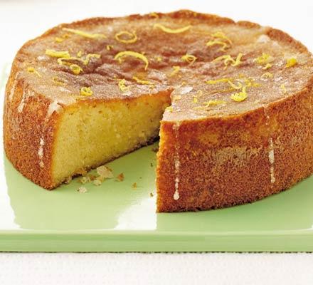 Gluten-free lemon drizzle cake