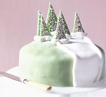 Frosty forest cake