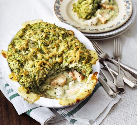 Puffed salmon & spinach fish pie