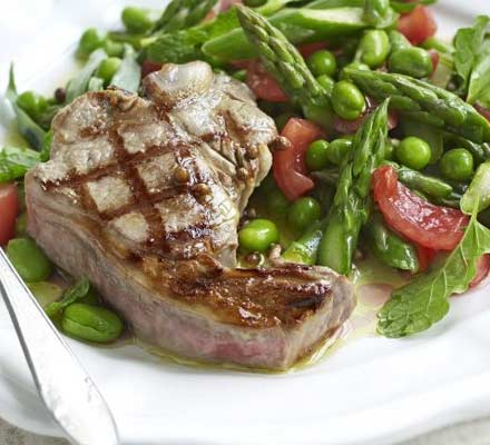 Warm salad of spring vegetables with griddled lamb