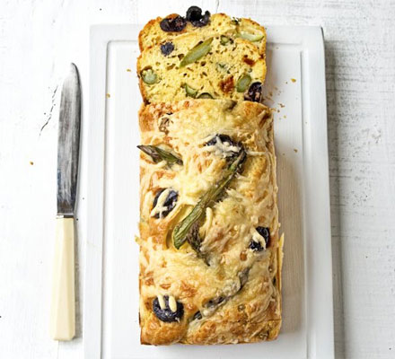 Asparagus, sundried tomato & olive loaf