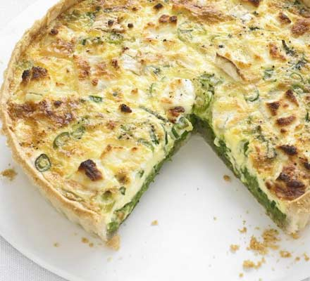 Pea, mint & goat's cheese quiche