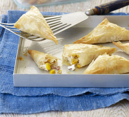 Feta & sweetcorn samosas