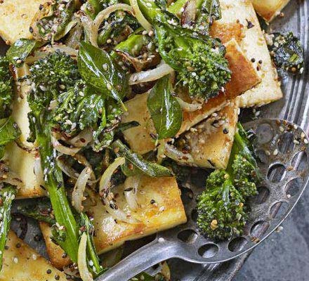 Paneer with broccoli & sesame