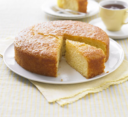 Lighter lemon drizzle cake