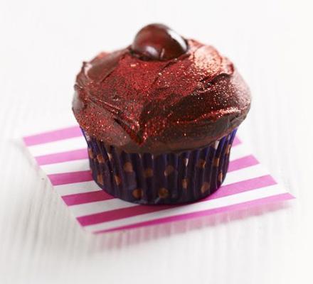 Red velvet choc-cherry cupcakes