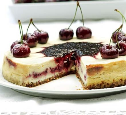 Cherry swirl cheesecake
