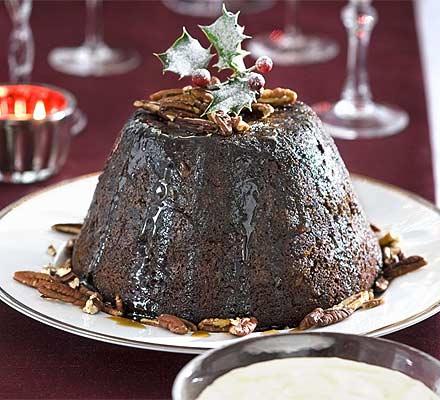Festive date & pecan pudding