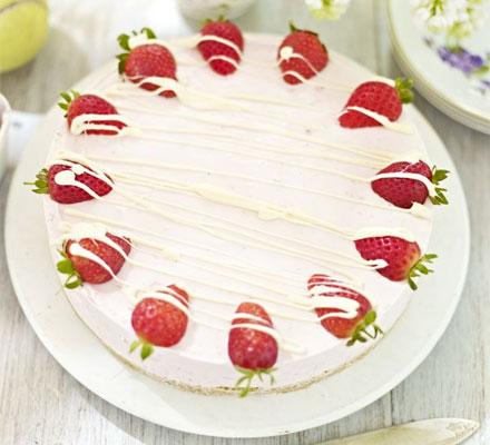 Strawberry & white chocolate mousse cake