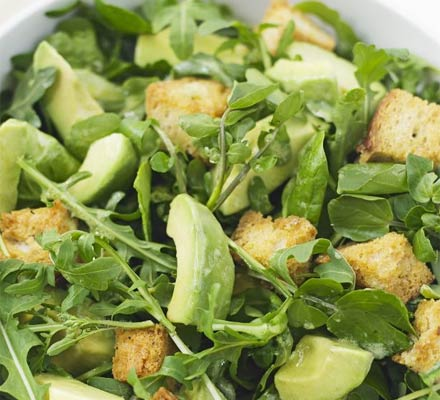 Avocado & leaf salad