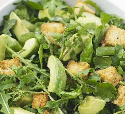Avocado & leaf salad