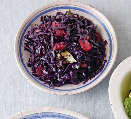 Red cabbage with apples & star anise