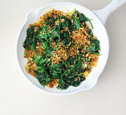 Spinach with chilli & lemon crumbs