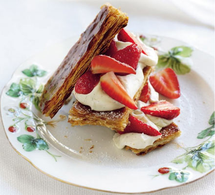 Strawberries & cream layer