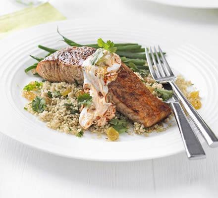 Cinnamon rubbed salmon with couscous & harissa yogurt