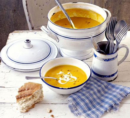 Lightly spiced carrot soup