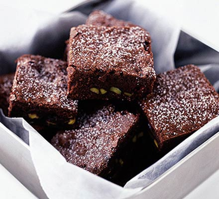 Cranberry-pistachio brownies