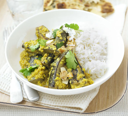 Creamy aubergine curry