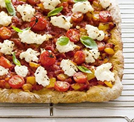 Ricotta & basil pizza bread