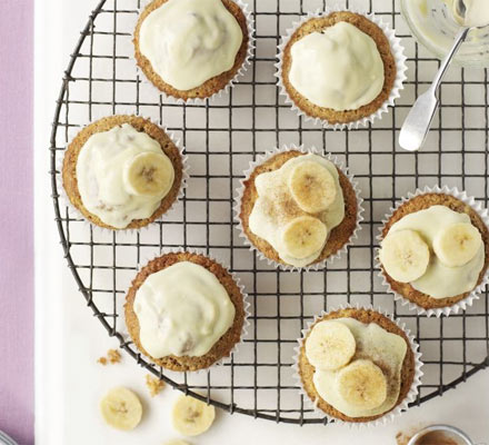 Banana fairy cakes