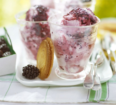 Frozen blackberry fool