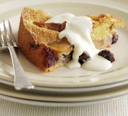 Sugar-crunch fruitcake