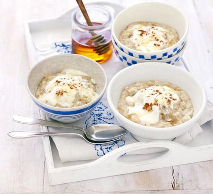 Apple & linseed porridge