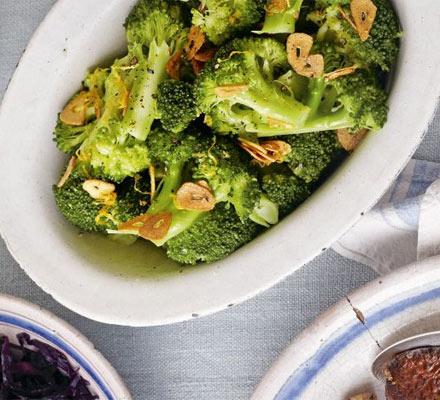 Broccoli with garlic & lemon